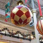 christmas-shopping-mall