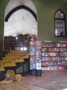 bookstore-stately-raven-web-sm1-224x300